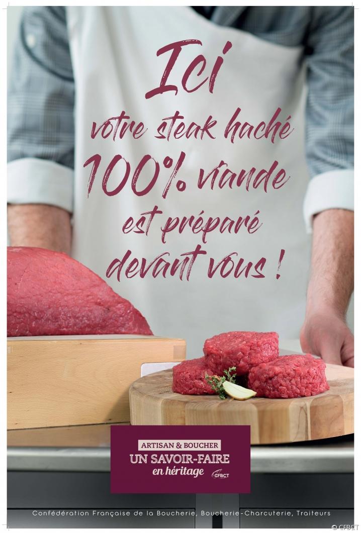 """affiche des artisans bouchers avec le message """"Ici votre steak haché 100% français préparé devant vous"""""""
