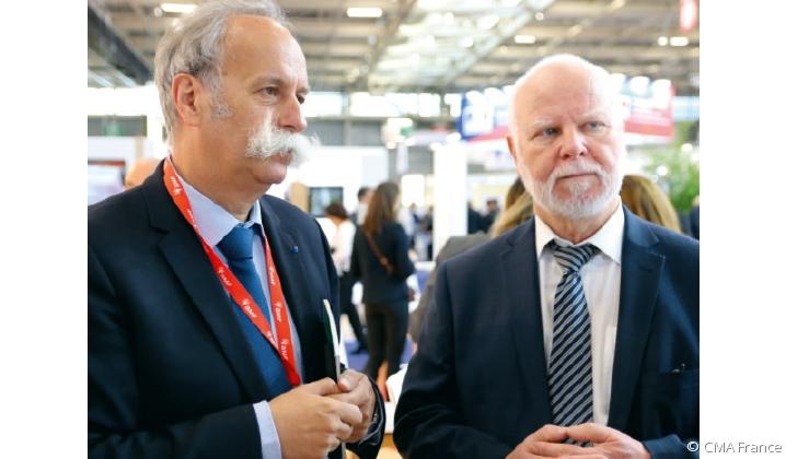 Bernard Stalter et Jean-Louis Freyd au stand des Chambres de métiers et de l'artisanat, au salon des maires 2019