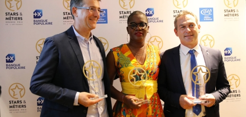Photo de groupe des trois lauréats de l'année