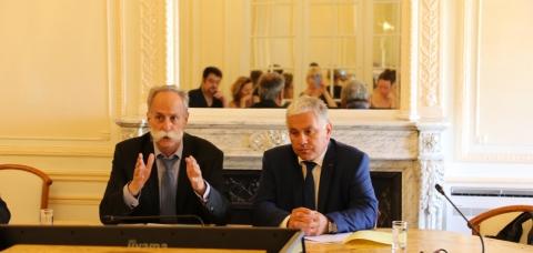 Bernard Stalter, président de CMA France, et Jean-Claude Bellanger, secrétaire général des Compagnons du Devoir.